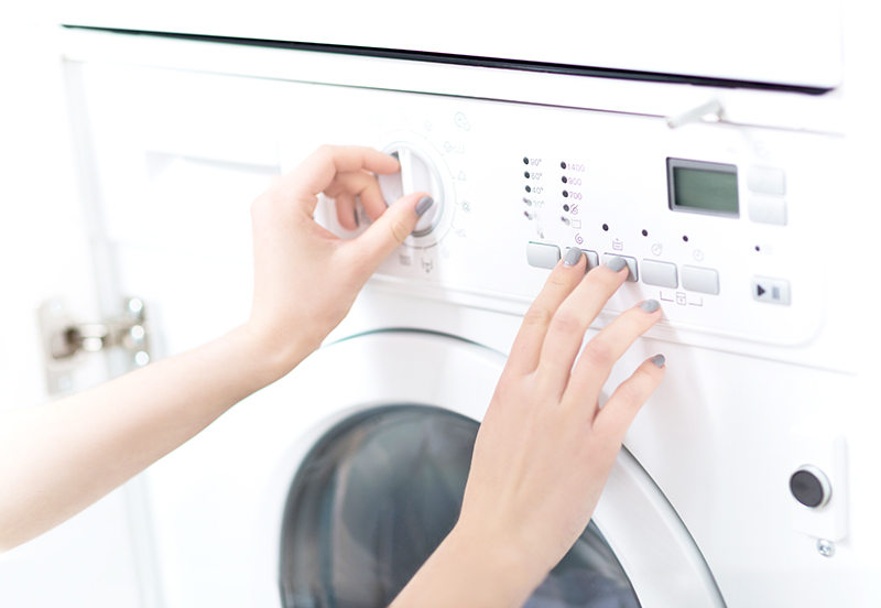 Front loader washing machines are becoming more and more popular, here are a few front loader washing machine tips if you are thinking of buying one.