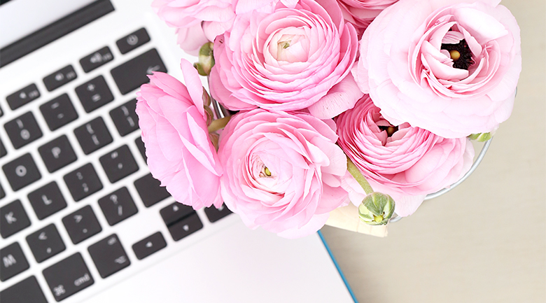 HOW TO START A BLOG IN 7 EASY STEPS - I have put together a list of information, sharing with you How to start a Blog and lessons I have learnt along the way. I hope my tips help you create a successful blog.