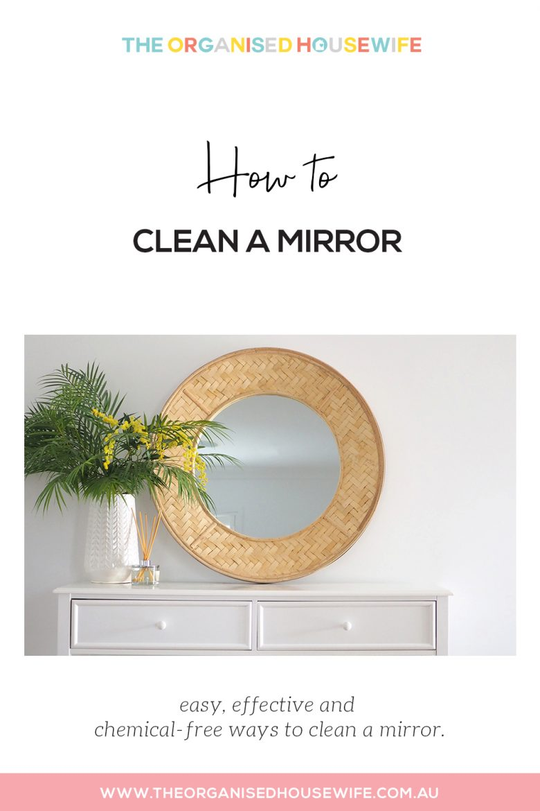 How to clean a mirror
