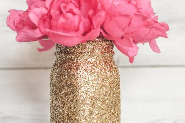 gold-glitter-mason-jars-61