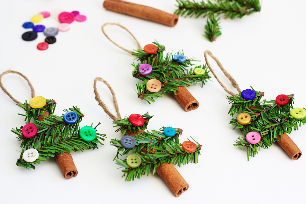 CHRISTMAS CRAFT IDEA - CINNAMON STICK TREE ORNAMENTS - This is a really fun and simple ornament tutorial with all of you — and guess what?  It's kid friendly too! Cute to hang on your own Christmas tree or just around the house.