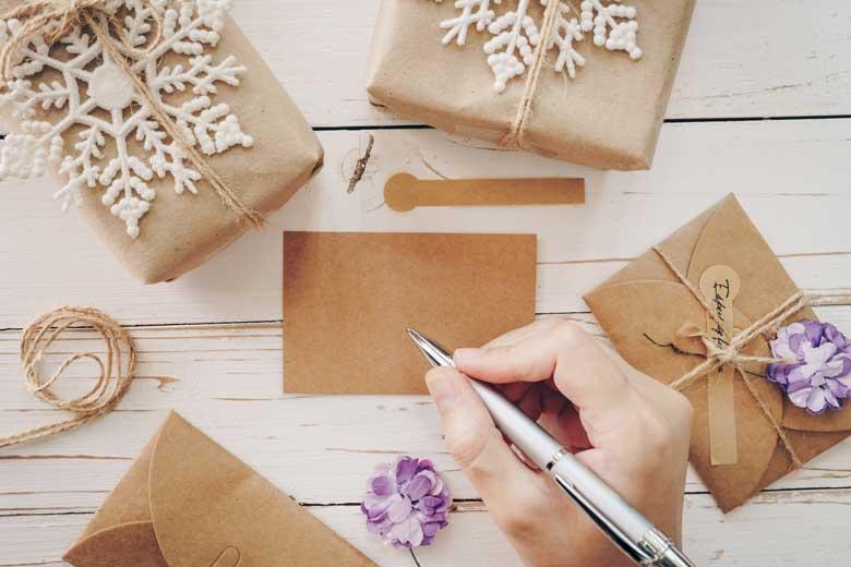 30+ CHRISTMAS CARD SENTIMENT MESSAGES