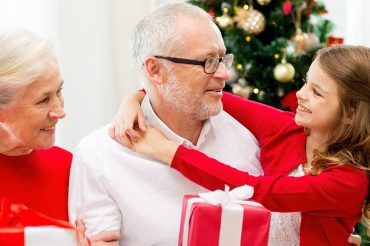 gift-guide-for-grandparents-to-give-to-grandkids-feature