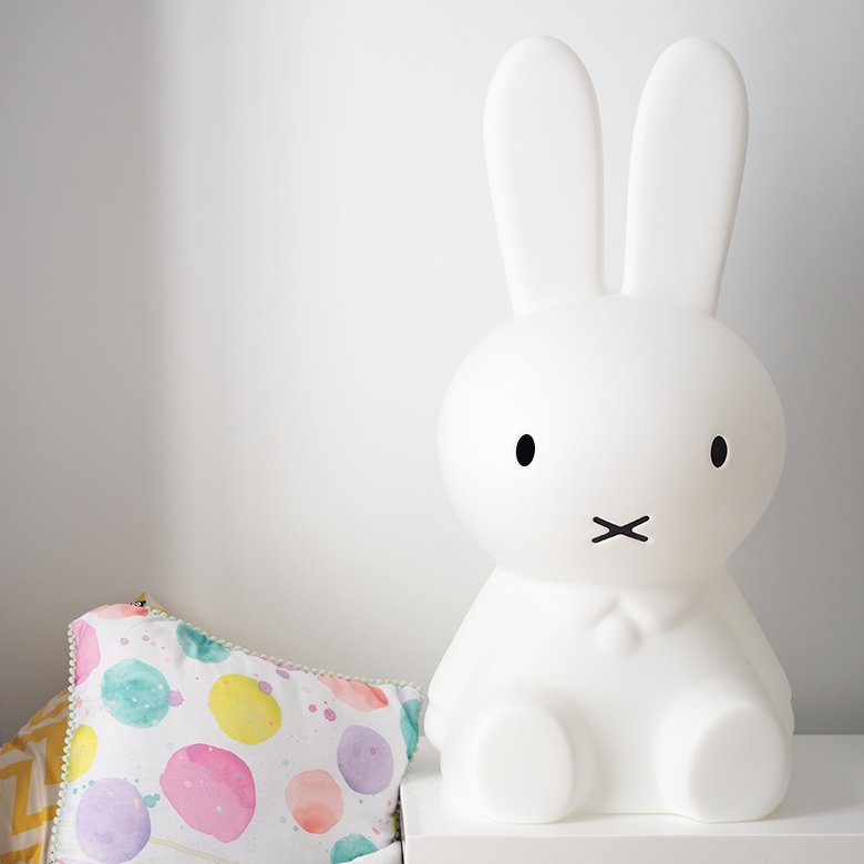 This Miffy night light lamp is a cute little bunny who will bring joy and light into your home for many nights to come.