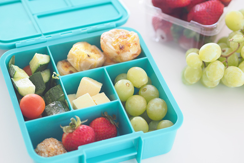 A guide to latest lunchboxes and lunch bags to help you choose the best lunchbox for your kids for school. Taking size, style and ease of cleaning into consideration.