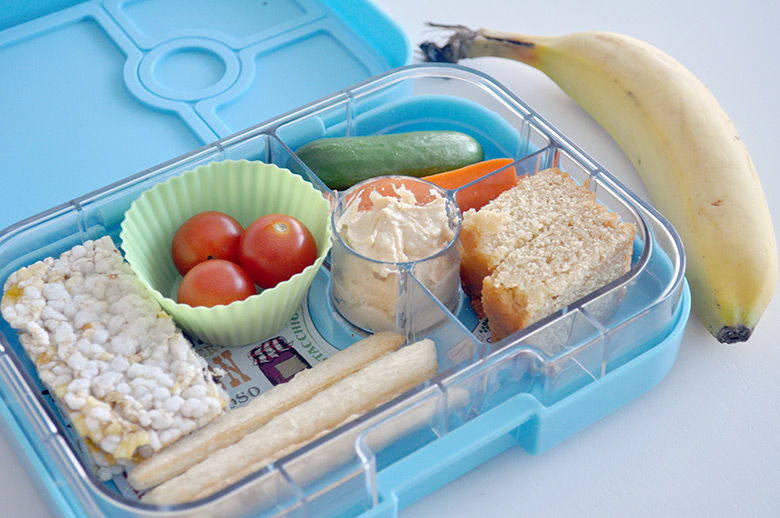 A guide to latest lunchboxes and lunch bags to help you choose the best lunchbox for your kids for school. Taking size, style and ease of cleaning into cons