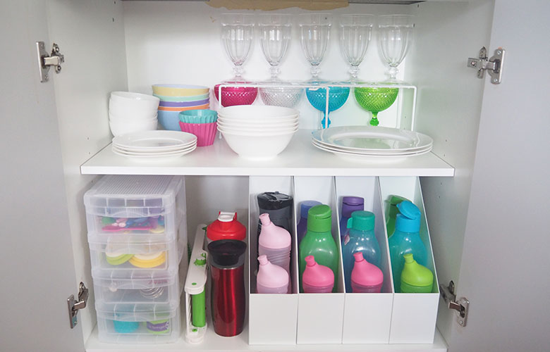 Keeping the kitchen cabinets tidy can be an endless battle especially if the kids are helping to put away the clean dishes. However, if you make defined spaces for crockery, plastics, cutlery etc this will help the family place everything back into the right spot. Here is a look inside some of my kitchen cupboards.