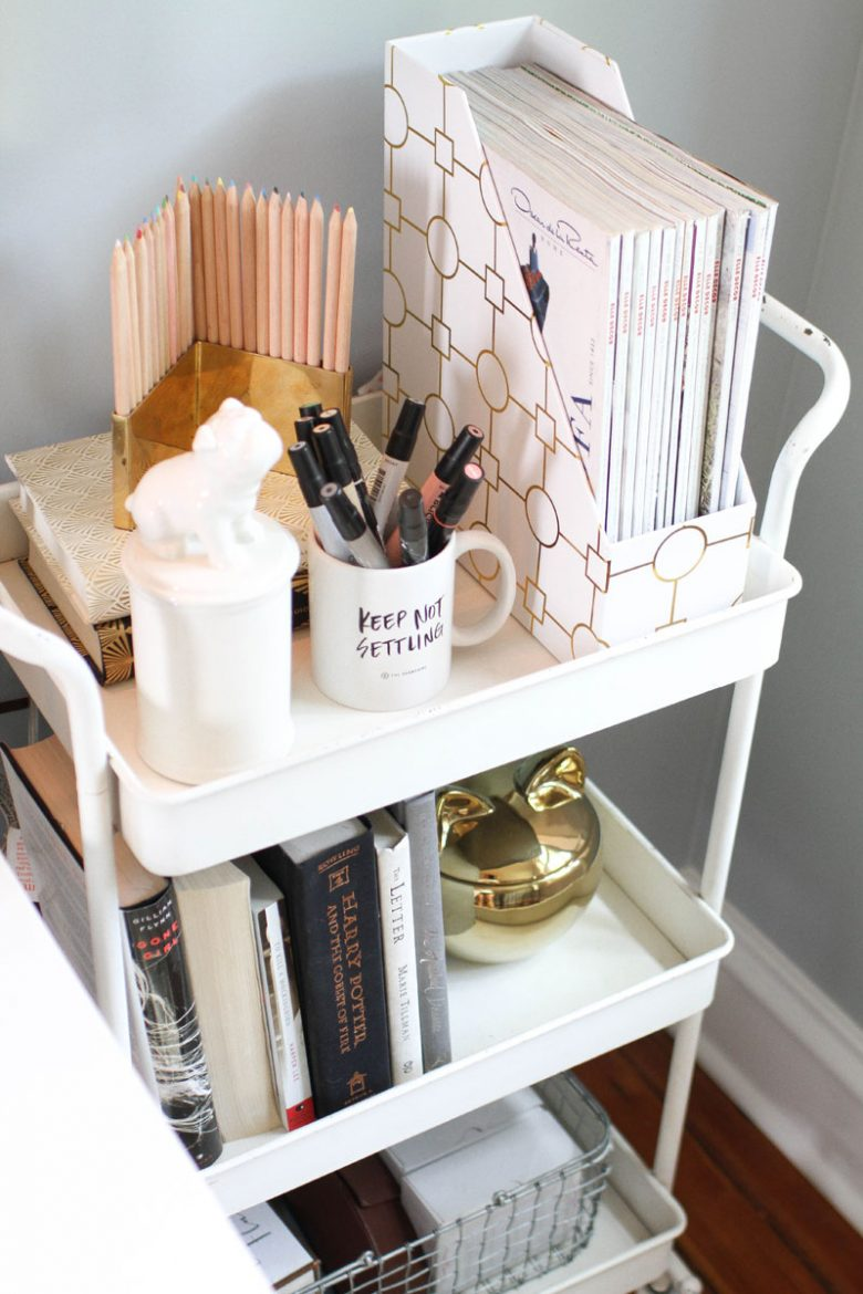 Styling Ideas for Teen Girls Desks - The Organised Housewife
