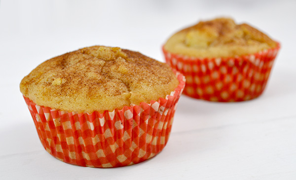 APPLE DONUT MUFFINS - My kids loved these muffins with delicious little bites of apple throughout and a cinnamon donut style topping. The kids had a few of the mini muffins while warm and they said they taste very much like donuts!! This recipe made 12 regular muffins plus 12 mini muffin, which I love as I can add some into the freezer for lunchbox snacks.
