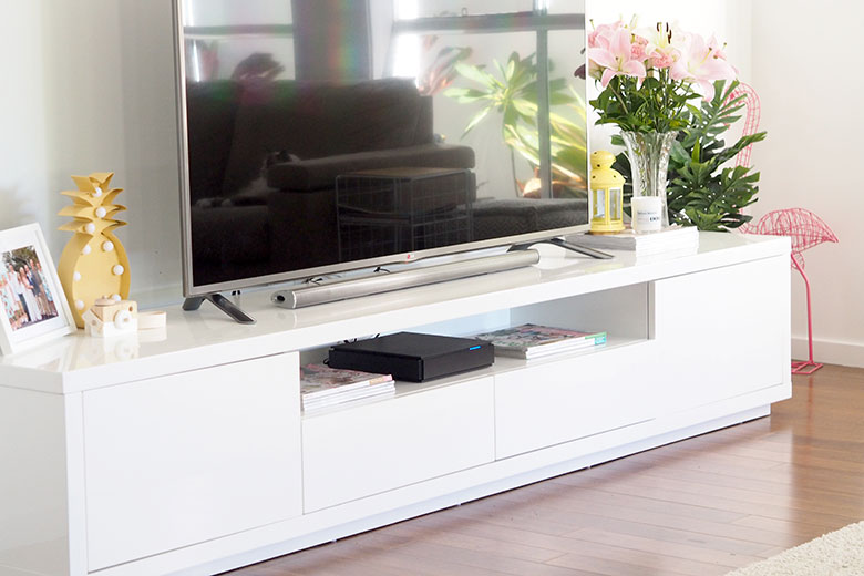The best tv cabinet unit long white and modern
