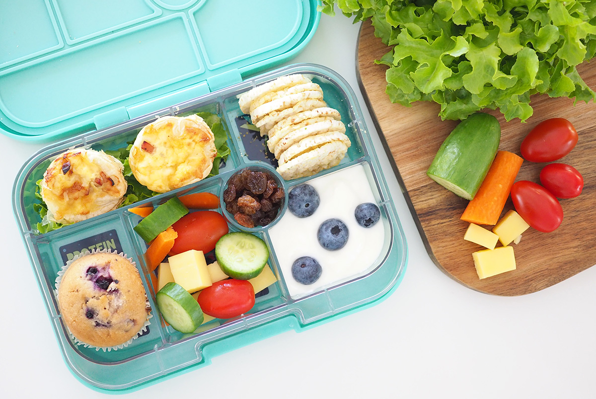25+ snack ideas for the small section of the yumbox lunch box - the