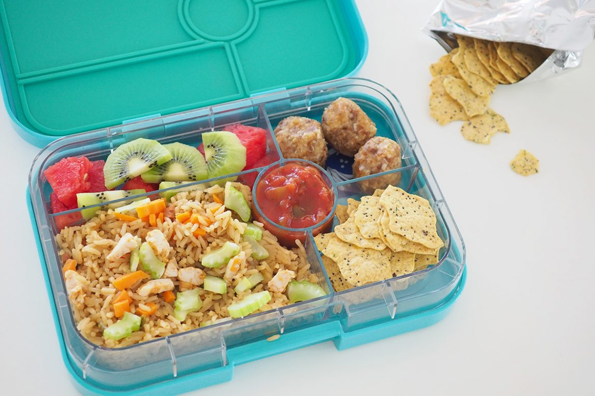 Packing a lunchbox with a variety of food that the kids will enjoy can be a difficult task. I've put together a list of snack ideas for lunchboxes, particularly perfect for the small section of the Yumbox.