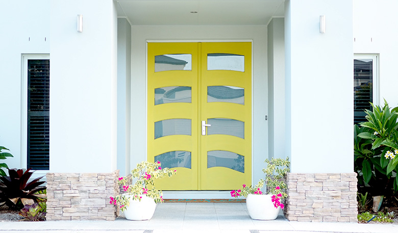 How I painted our front door yellow with minimal effort and in a matter of hours.