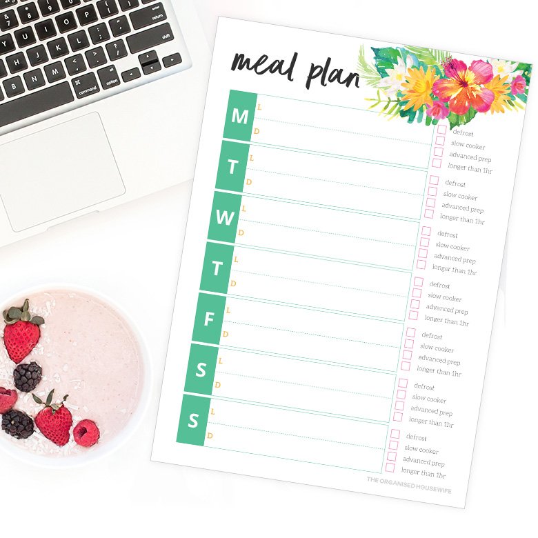 Create a plan for your lunches and meals so you will eat balanced meals throughout the week. Planning ahead will save you on those busy nights that you can plan an easy dish or slow cooker meal rather than getting take out. I included tick boxes so you can glance at the planner in the morning to quickly remind you if tonight's dinner needs prepping: