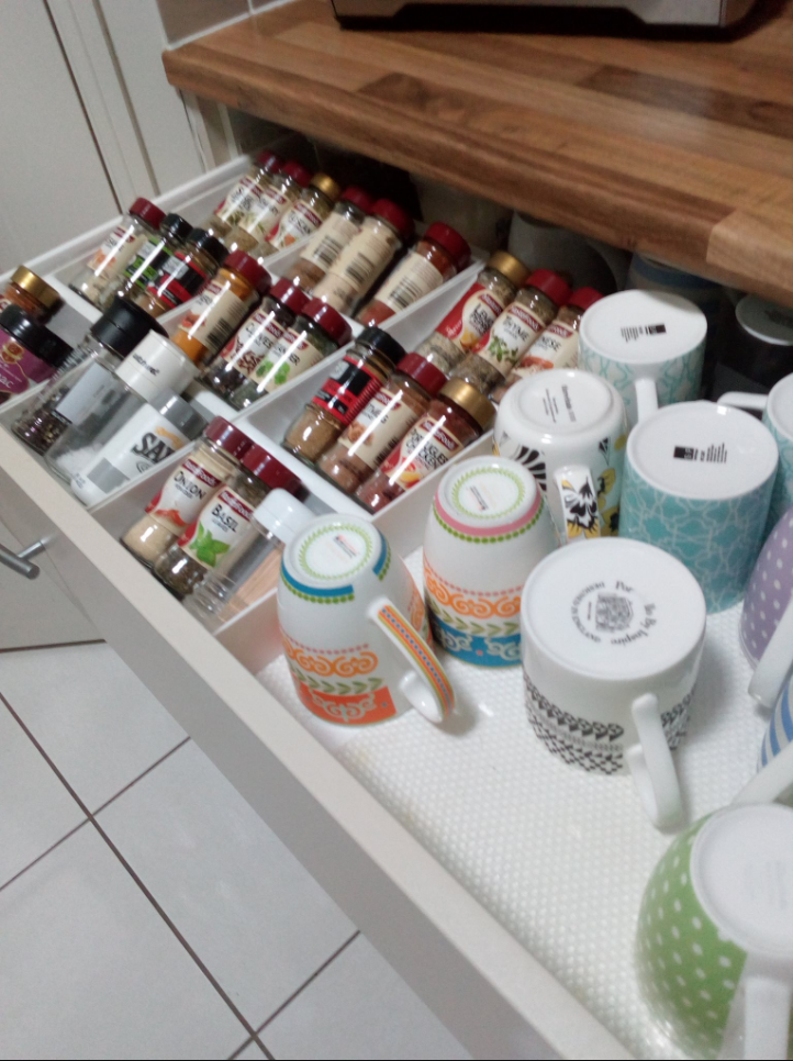 Kitchen pantry storage ideas. Tidy pantry. Declutter kitchen.