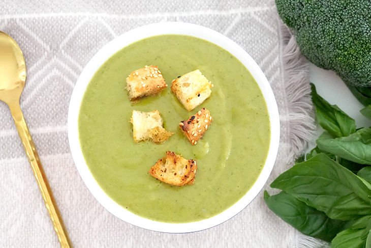 vegetarian meal ideas - broccoli basil soup