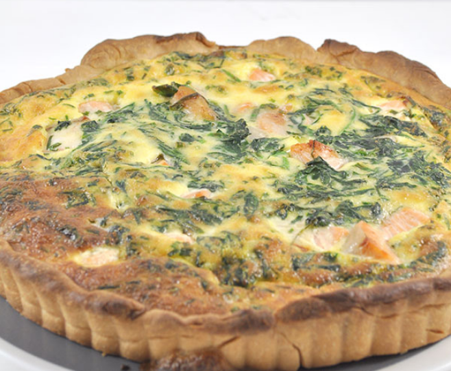 Salmon and spinach quiche recipe by The Organised Housewife