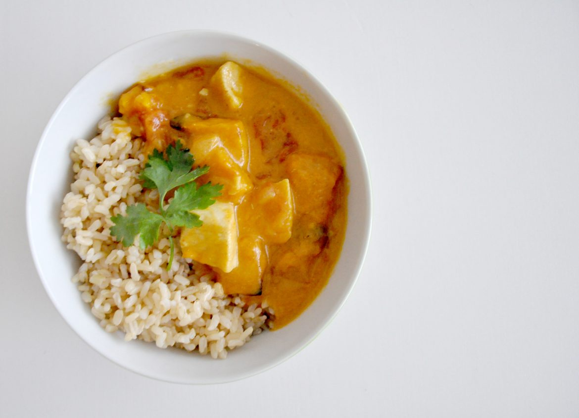 This Chicken and Pumpkin Coconut Curry was so super delicious and creamy, with the bonus of being healthy too!!