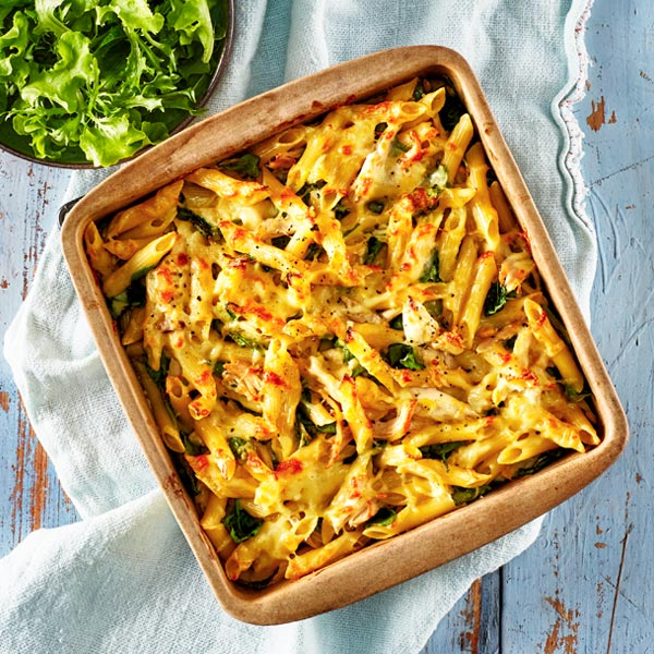 CHEESY CHICKEN AND CORN PASTA BAKE