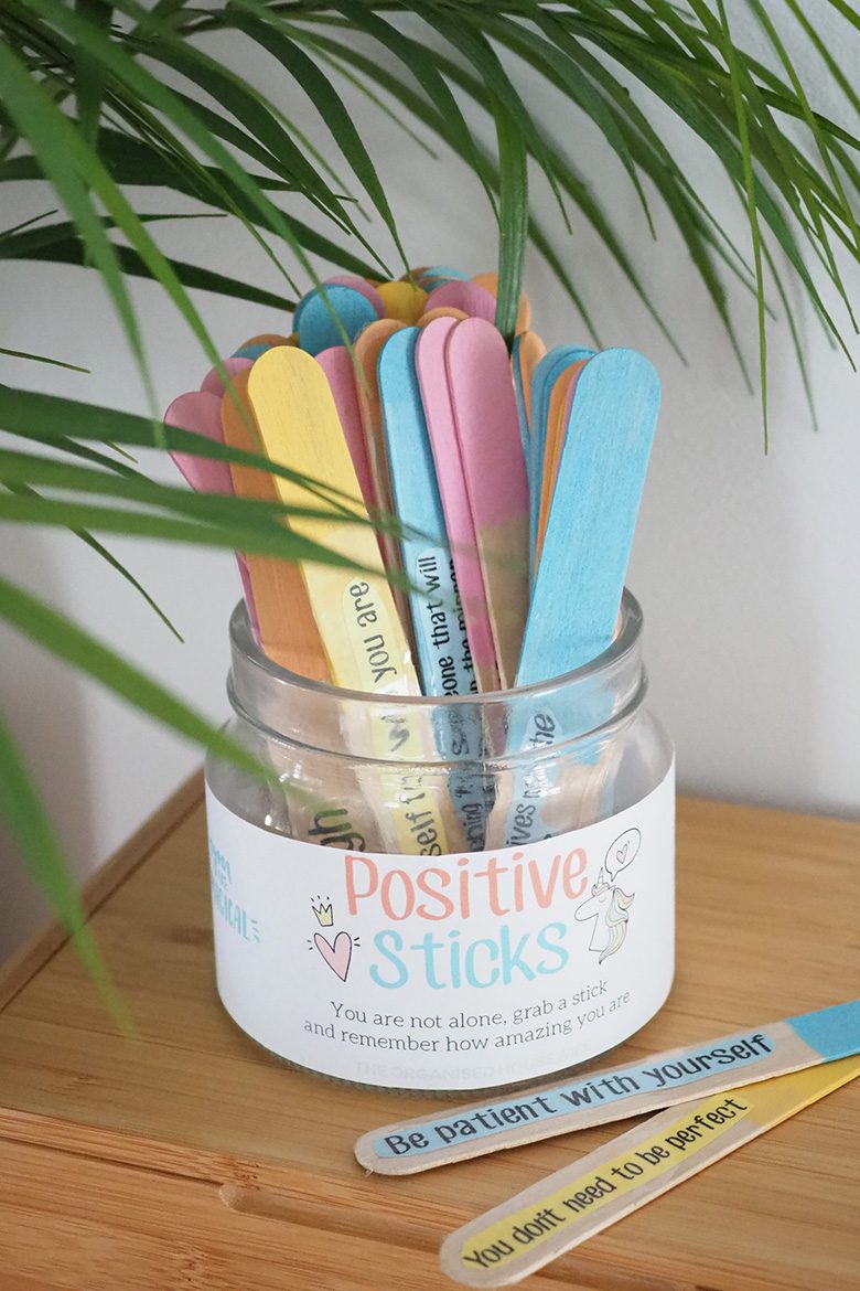 These Positive sticks are a quick and easy craft project to help defeat feelings of anxiety or self-doubt. The affirmations are sure to make you smile!