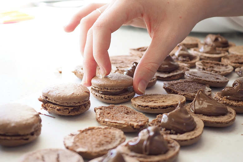 Tuesday the 5th of February is World Nutella Day, and these Nutella Macarons are perfect to make and celebrate that delicious day with! With a pure Nutella filling in them, chocolate fans will be highly impressed with this recipe.