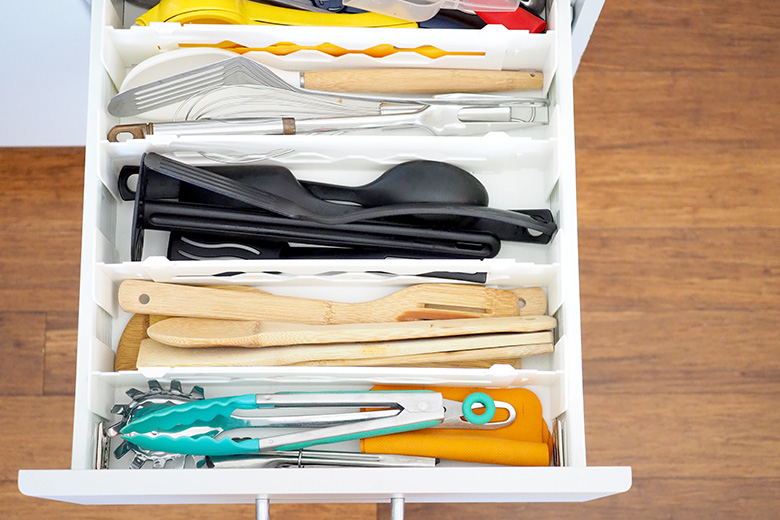 It's easy to accumulate lots of kitchen utensils and these drawers can easily become unruly, making it hard to find what you are after. Let's get that under control!