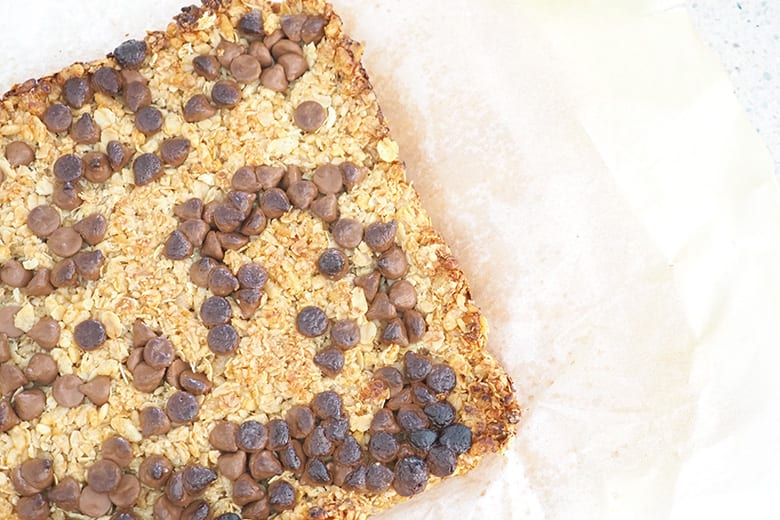 Chocolate Chip homemade muesli bars for kids lunchboxes