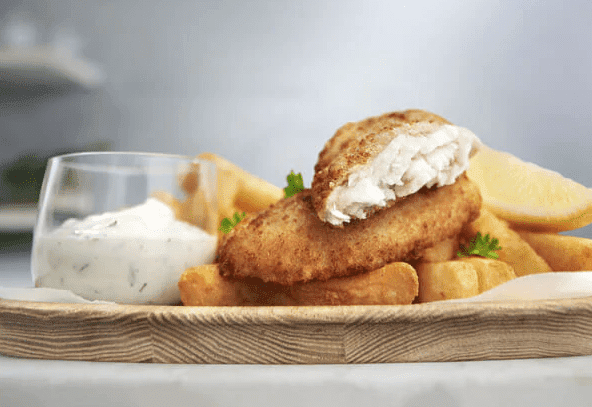Fish and chips recipe with herbed sauce for dinner idea