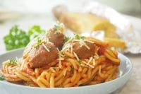 Slow-Cooker-Spaghetti-and-Meatballs