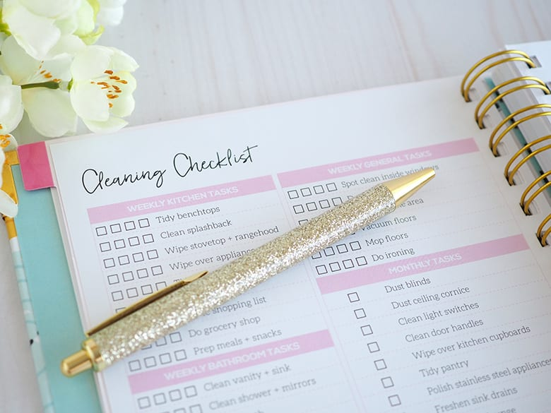 Get organised with the 2020 Weekly Planner by The Organised Housewife