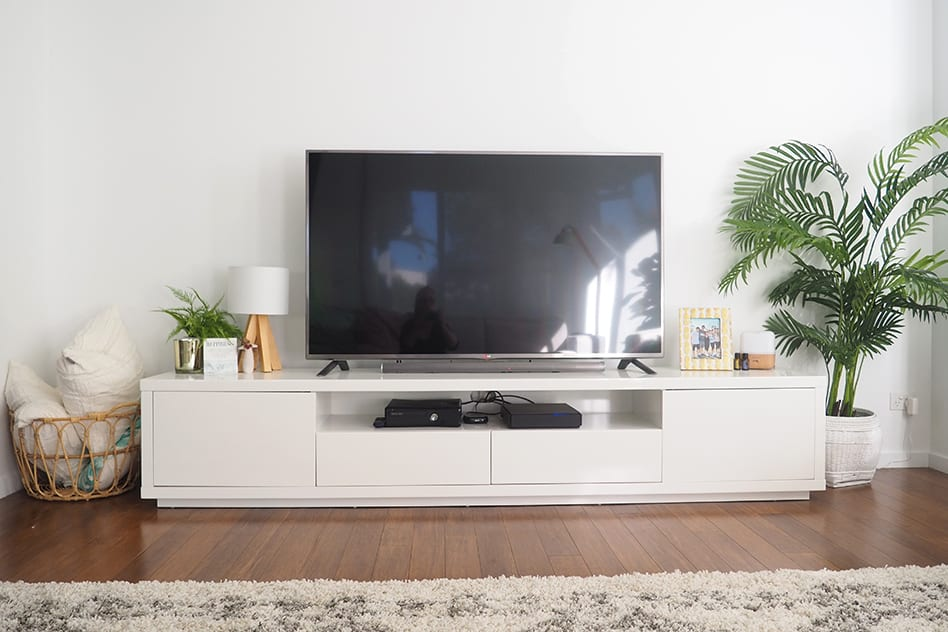 TV cabinet in clutter free lounge room by The Organised Housewife