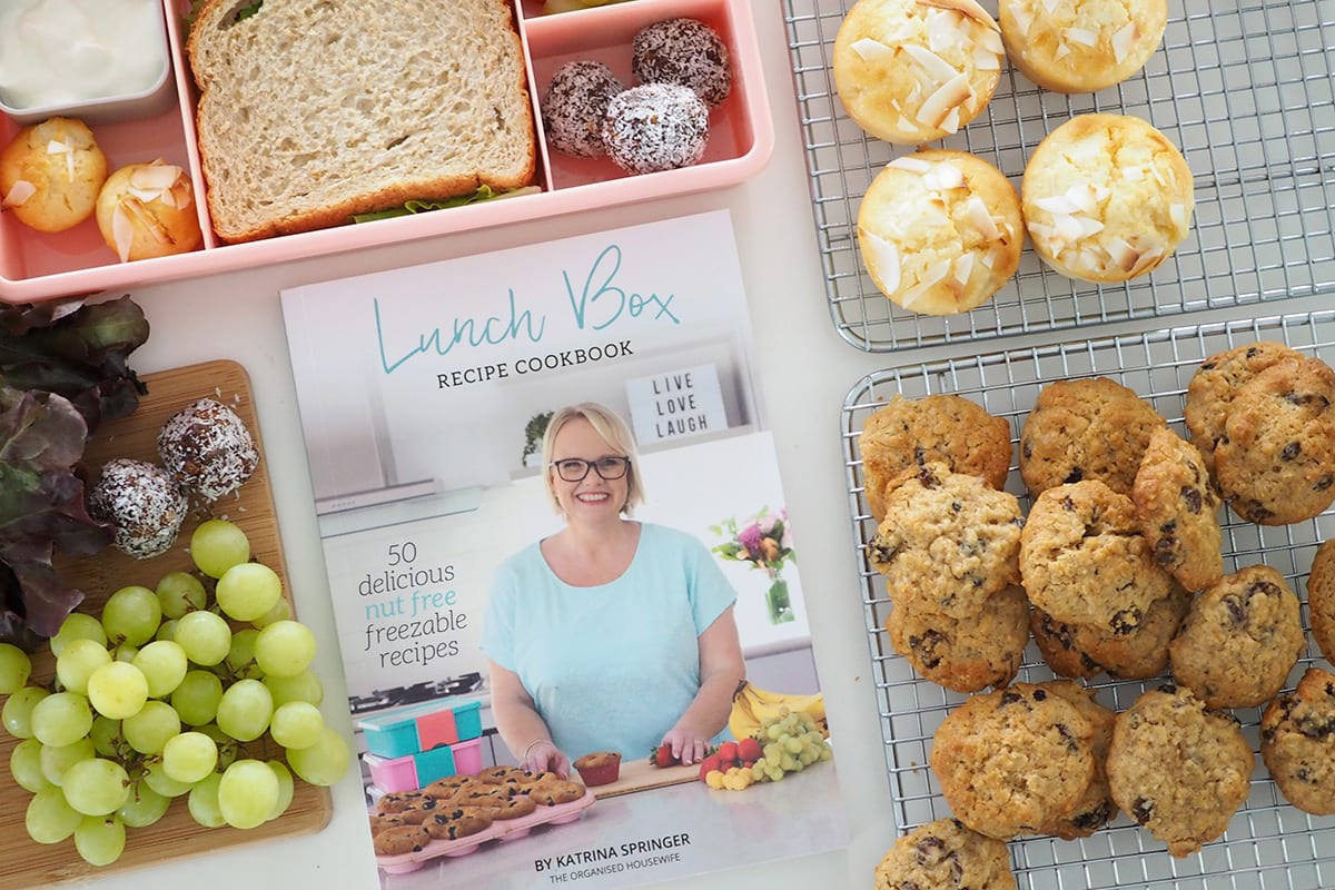 Lunch box recipe cookbook by The Organised Housewife