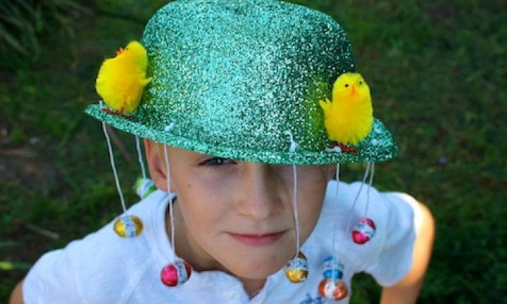 Easy quick hassle free DIY Easter hat for school