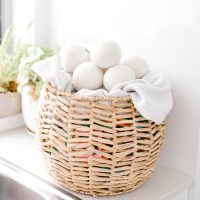Wool dryer balls to reduce moisture and power bill