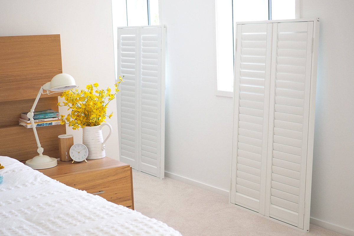 Easy to install plantation shutters