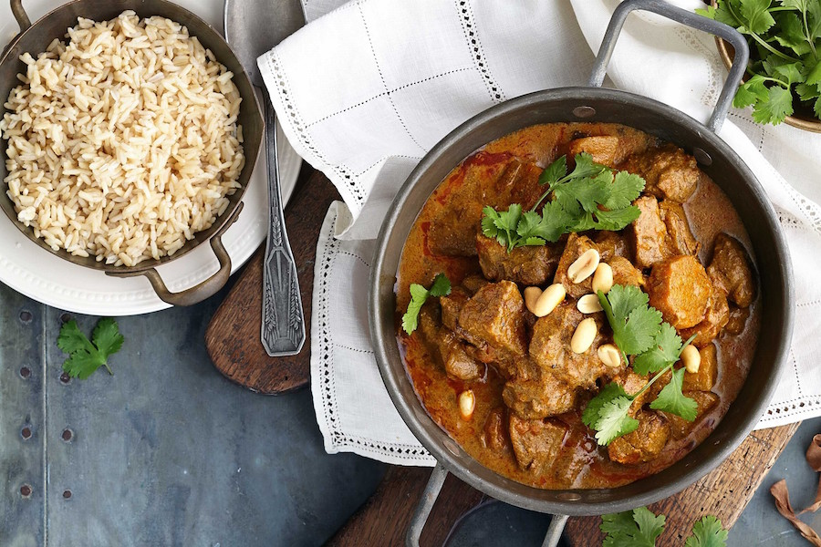 Slow cooker beef rogan josh recipe