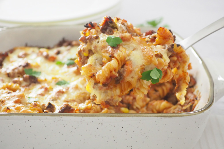 beef and bacon pasta bake recipe